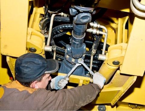 Диагностика, ремонт и обслуживание спецтехники на выезде в Москве