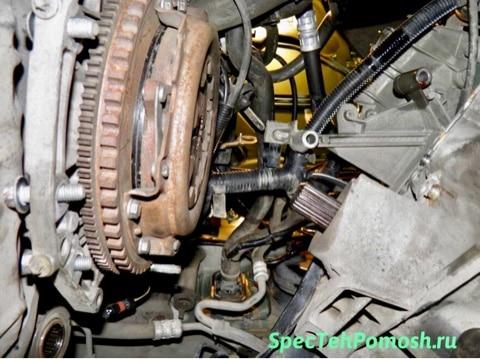 Ремонт и замена сцепления экскаваторов на выезде