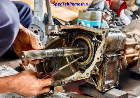 Ремонт двигателя экскаватора на выезде в Москве